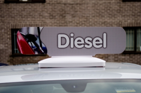 882-00-DIES Crowner_Diesel_on_car